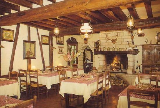 La Chaumière  - La convivialité d'une cheminée -
