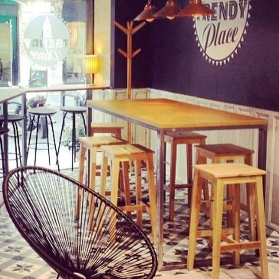 Restaurant : Trendy place