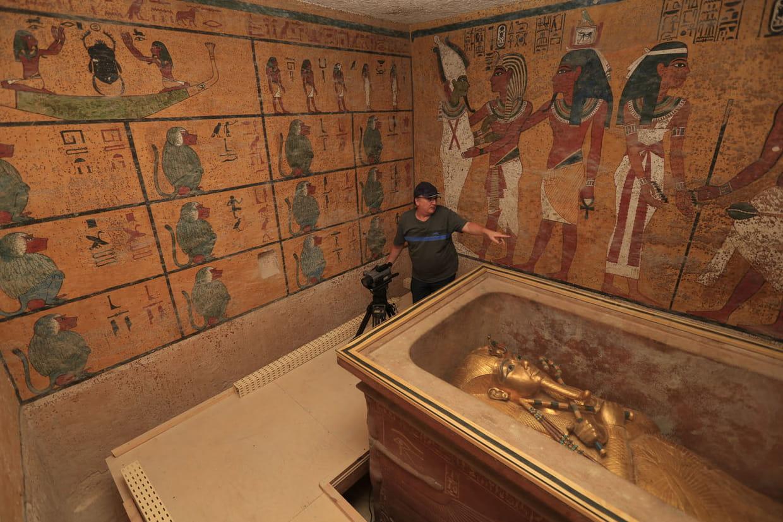 Nefertiti history