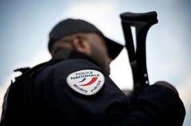 Policier tué à Avignon: ce que l'on sait de l'auteur, toujours en fuite
