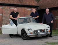 Sauveurs de trésors : voitures de légende : MGC et BMW 635