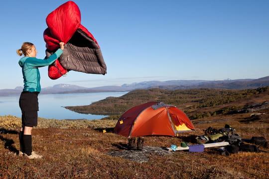 Sac de couchage: comment bien choisir pour partir en randonnée