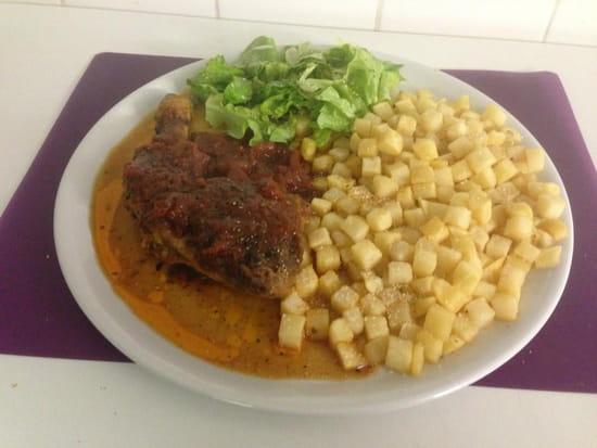 La Cantina Del Conquistadors  - cuisse de poulet sauce brava 8.00 euros  -