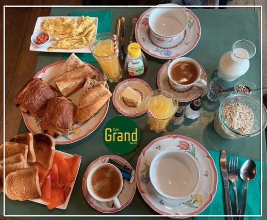 Petit-déjeuner : Café Grand Biarritz  - PETIT DEJEUNER SUR COMMANDES -   © cafégrandbiarritz