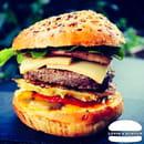 Plat : Luvin's Burger  - Burger – Le Montagnard -   © Luvin's Burger