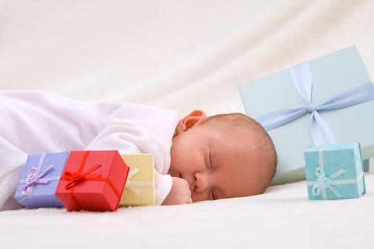 Texte remerciement naissance: modèles originaux