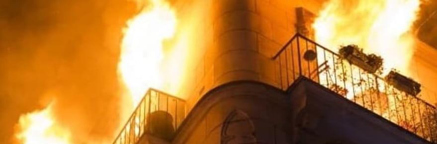 Incendie dans le 17e arrondissement: les images des flammes