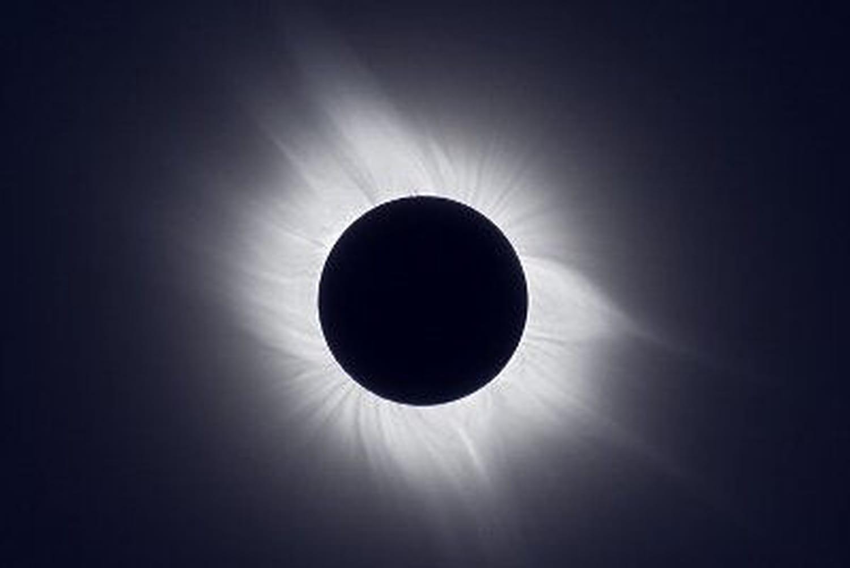 Photographier une éclipse solaire: quels réglages et quelmatériel?