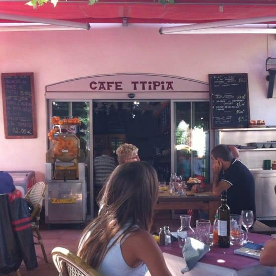 Restaurant : Café Ttipia  - Vue de la terrasse -