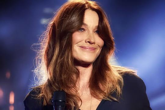 Carla Bruni: sa carrière, ses chansons, Sarkozy... Biographie de la chanteuse