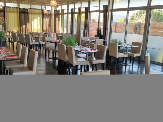Restaurant : Restaurant du bowling du Stadium  - La véranda -   © Bowling Stadium