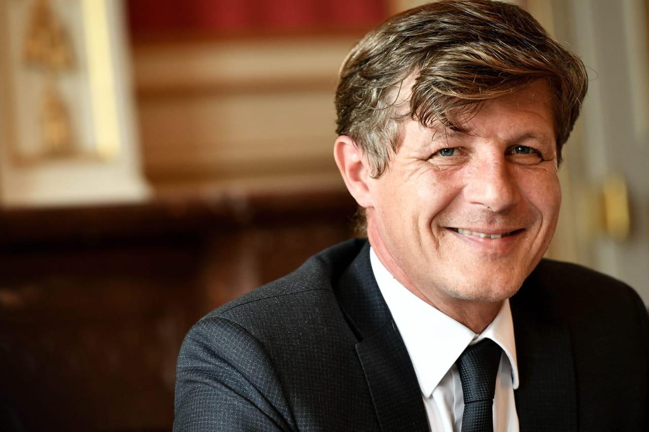 Municipales à Bordeaux: Florian serein (et critique) face à la stratégie de LREM