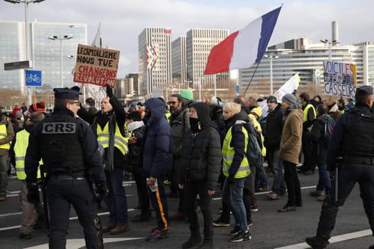 """Gilets jaunes: quel bilan pour l""""acte 56"""" à Paris?"""