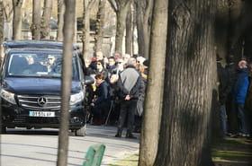 Renaud: les obsèques de son frère ont eu lieu, les causes de la mort dévoilées