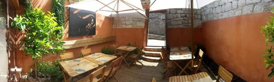 Aldayaa restaurant Libanais  - Aldayaa courette privative -
