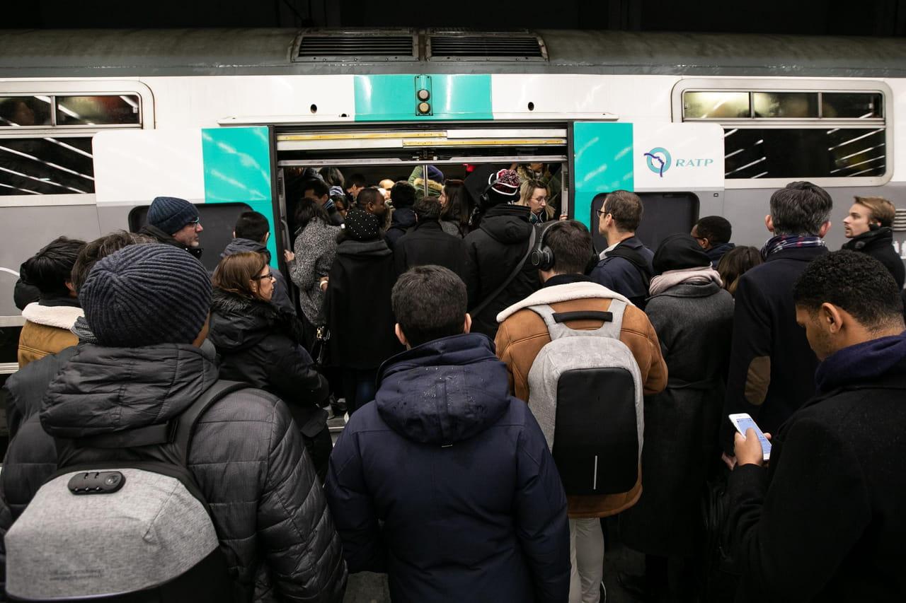 DIRECT - Grève SNCF et RATP: les prévisions de trafic des samedi 21et dimanche 22décembre