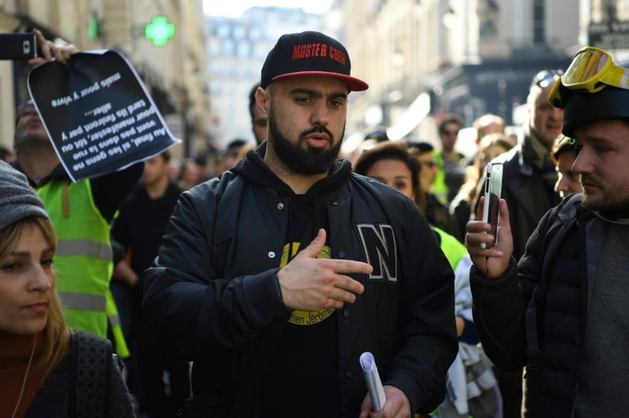 """""""Gilets jaunes"""": un acte 16samedi avant un appel à une mobilisation accrue en mars"""
