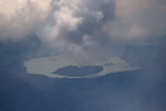 Vanuatu: les photos du volcan qui menace l'île d'Ambae
