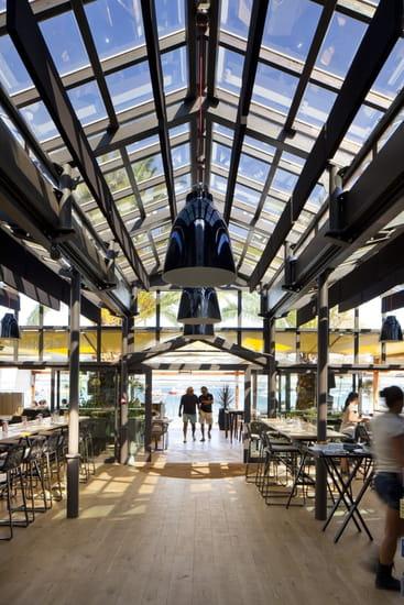 Pinasse Café  - RESTAURANT LE PINASSE CAFE -   © © 2011 Photos Arthur Péquin, tous droits réservés.