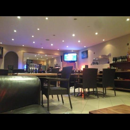 Restaurant : U Veni Qui  - Salle de restaurant -
