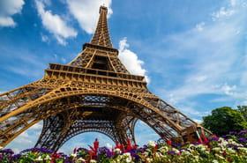 Une tyrolienne s'installe au 2e étage de la tour Eiffel