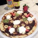 L'Unis-Forme  - Pizza sucré chocolat Banane -   © Eve'Night
