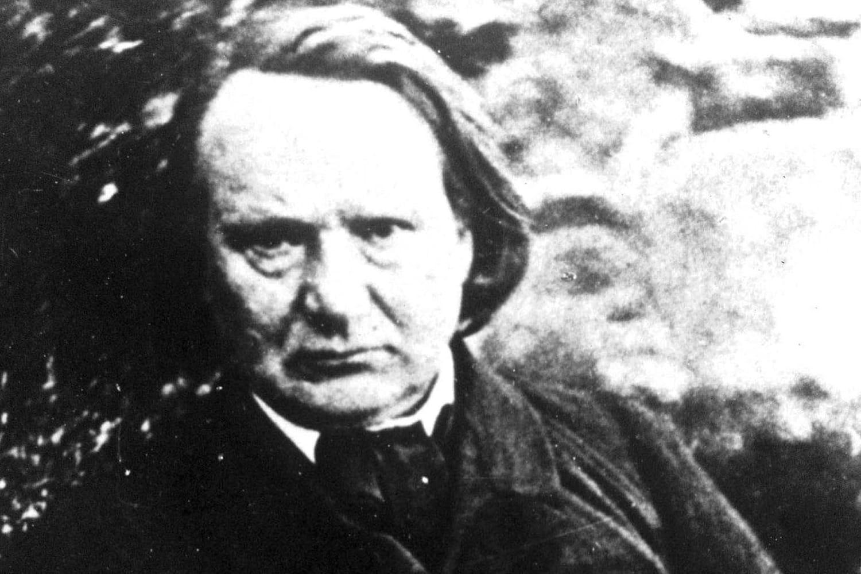 Victor Hugo: biographie de l'auteur romantique et homme politique