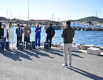Les Touristes: Mission sauveteurs en mer