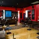 Victoria Hall  - Bar Lounge -
