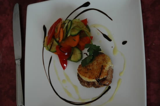 La Cigale  - filet de veau en croute de raifort -