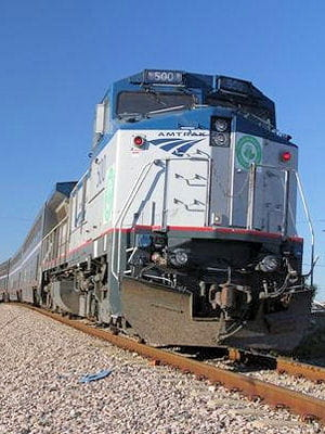 ce train relie oklahoma city à fort worth.