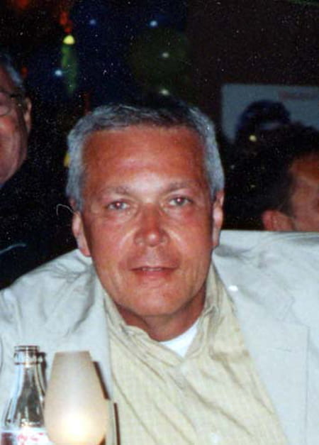 Guy Ahlsell  De  Toulza