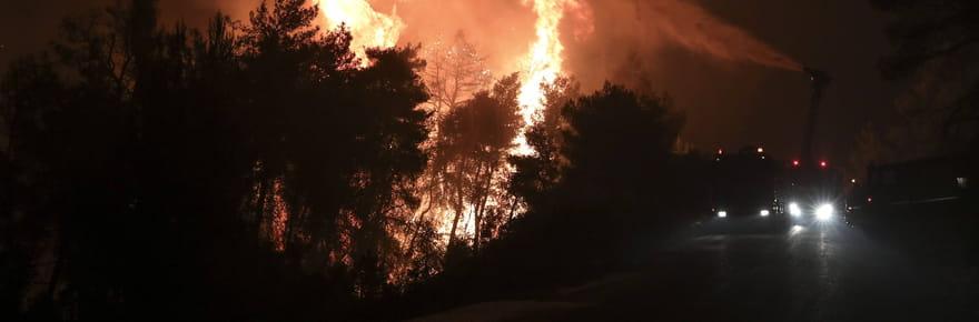 Incendie en Grèce: l'île d'Eubée évacuée, des images impressionnantes