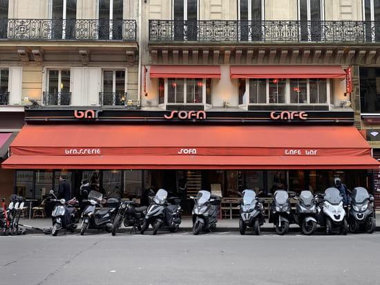 Restaurant : SOFA Café  - façade du SOFA Café -   © sofacafeparis9