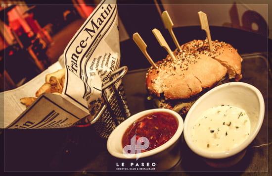 Plat : Le Paseo - Cocktail club & restaurant (Ex : LE SUD)  - Burger -   © Le Paseo - Cocktail club & Restaurant
