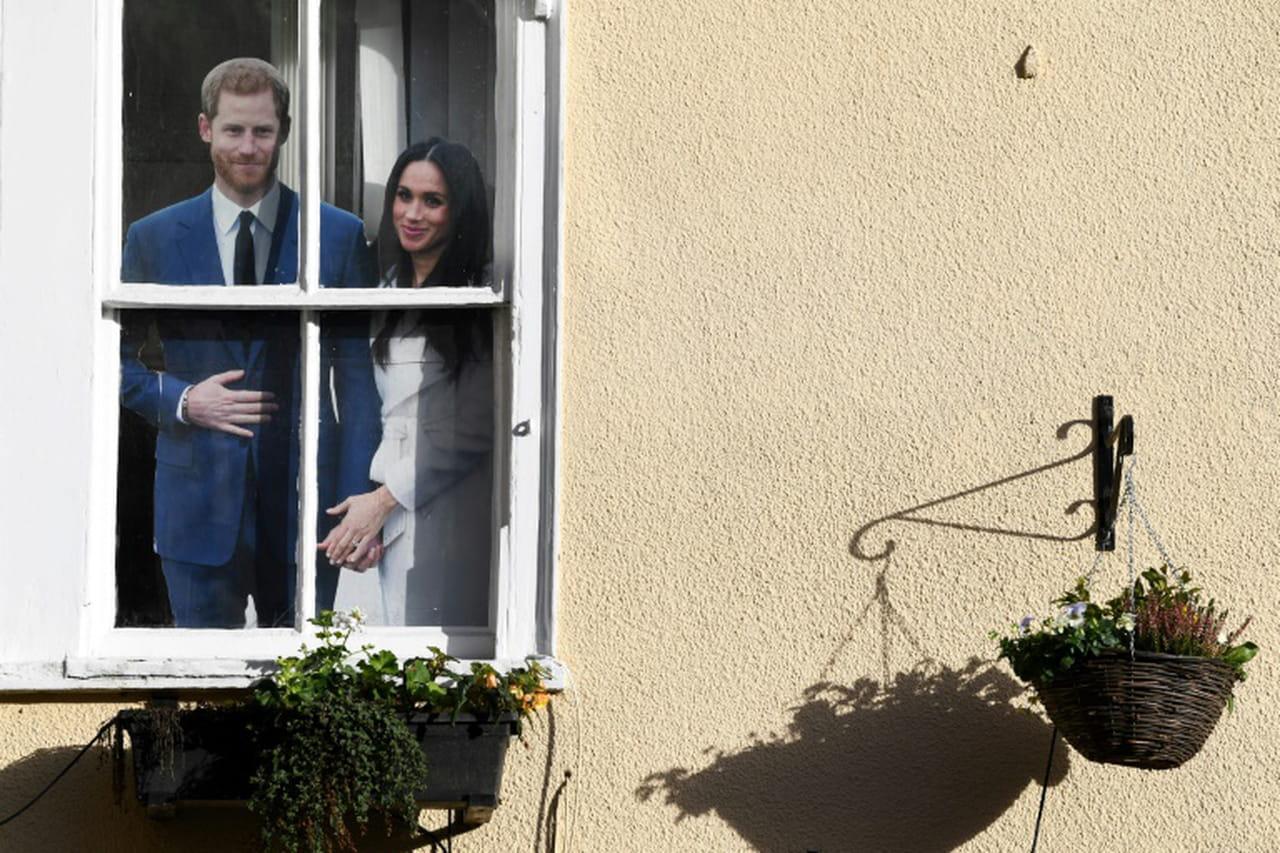 En pleine tempête royale, l'épouse du prince Harry, Meghan, retourne au Canada