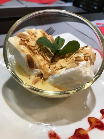 Frenchy's Grill  - Ile Flottante à la crème gourmande -   © Copyright