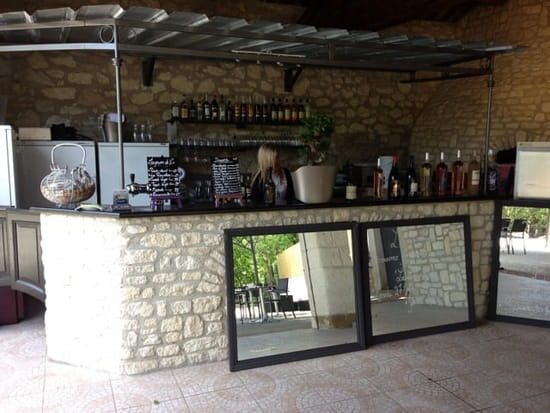 Restaurant : L'Intemporel  - Le bar exterieur -