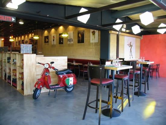 Valli Pizza Pasta  - terrasse -   © fd