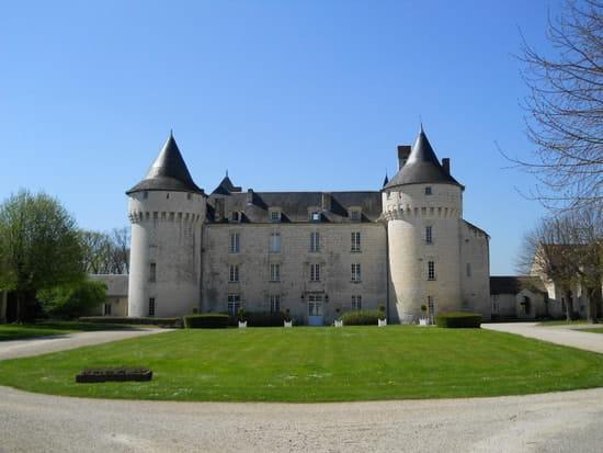 La Table de Marçay  - Le château de Marçay - Marçay -   © P.G.