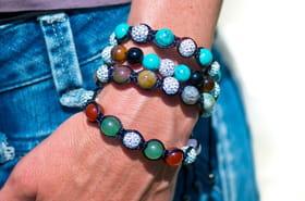 Bracelet shamballa: nos conseils et astuces pour en fabriquer