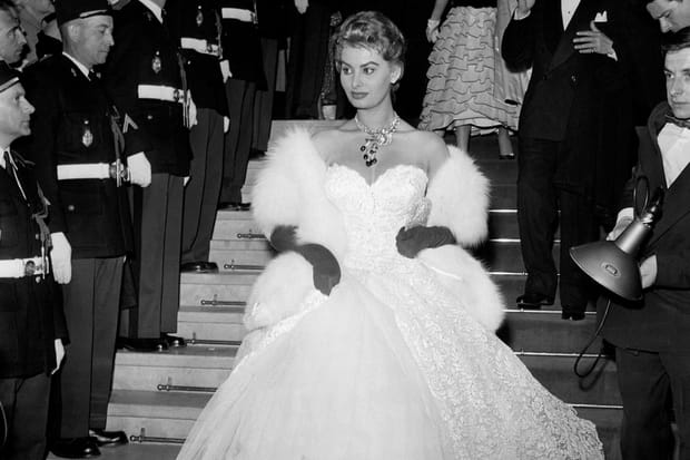 Sophia Loren très chic en 1955