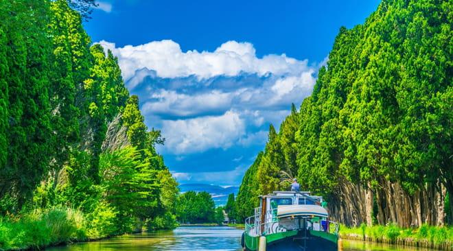 Canal du Midi: tracé, à pied, à vélo, en bateau, visite, le guide