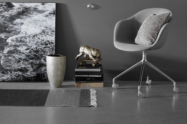 une chaise de bureau confortable. Black Bedroom Furniture Sets. Home Design Ideas