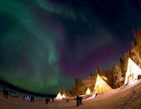 Sous les étoiles : Les aurores boréales du Canada