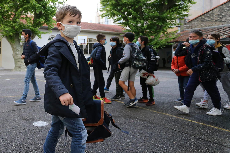 Ecole et Covid: port du masque, vaccination des ados... Ce qu'on sait