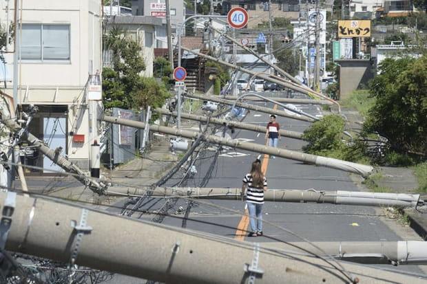 Le typhon Jebi au Japon