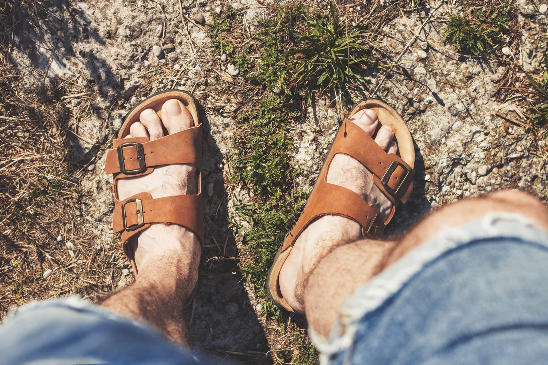 Meilleures sandales homme: quel modèle choisir? Nos coups de coeur