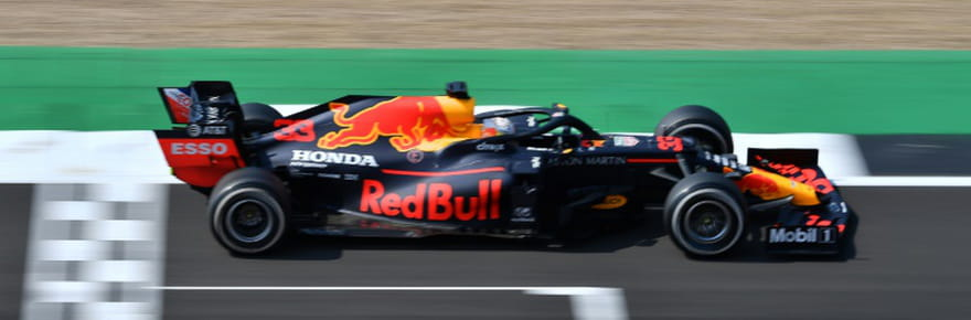 GP des 70ans de la F1: Verstappen devance Hamilton