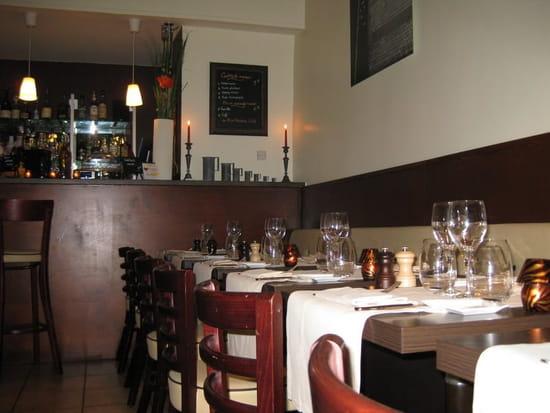 Miel et Paprika  - Salle de restaurant -